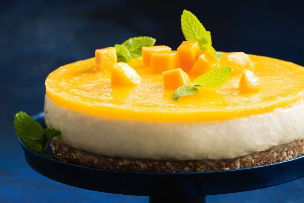 Tarta de mousse mango